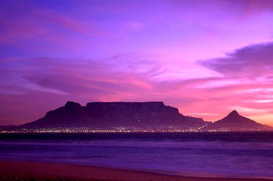 Vista view of Table Mountain, Cape Town