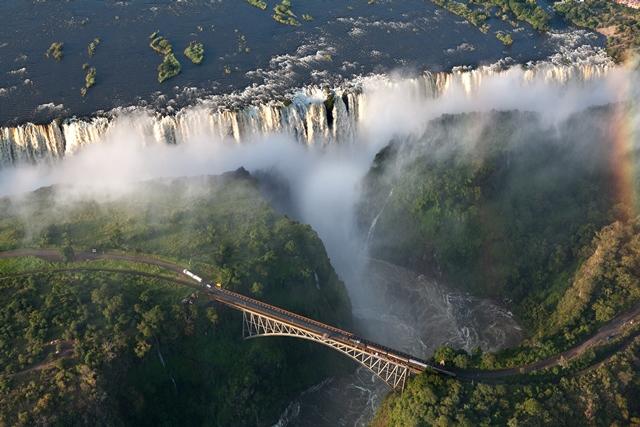 Vic-Falls-Zimbabwe