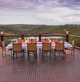 elephant-rock-private-safari-lodge-evening-dinner